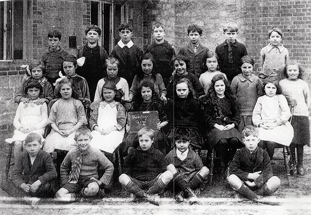 Elsie Pearce, Headley School