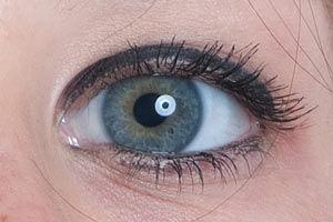 Retouching eyes tutorial
